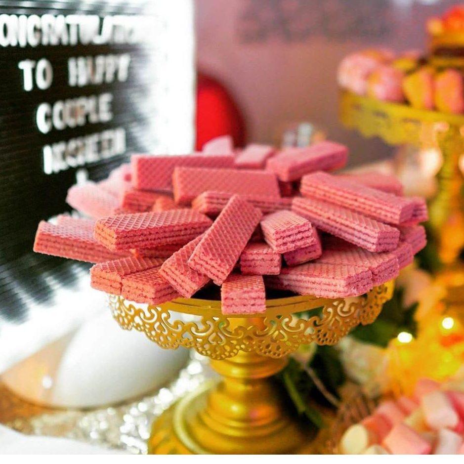 Pink Wafers (V)